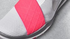 nike_news_sneaker_feed_wms_trn_wht_pnk_2968_59769