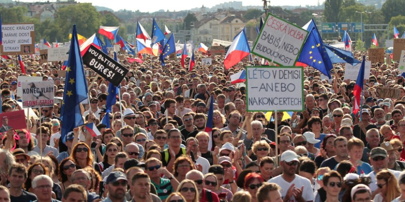 Million Moments plans Prague protest in defense of democracy - Czech Points