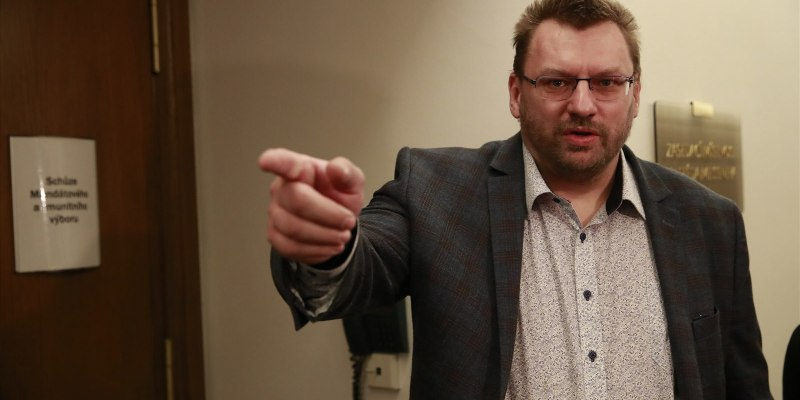 Committee recommends stripping immunity of MP Volny - Czech Points