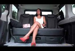 Indonesian girl cums inside the taxi