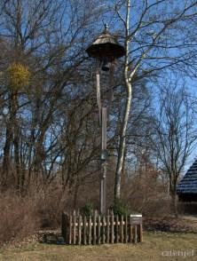 Dzwonnica słupowa z Antoniowa. Początek XIX w.