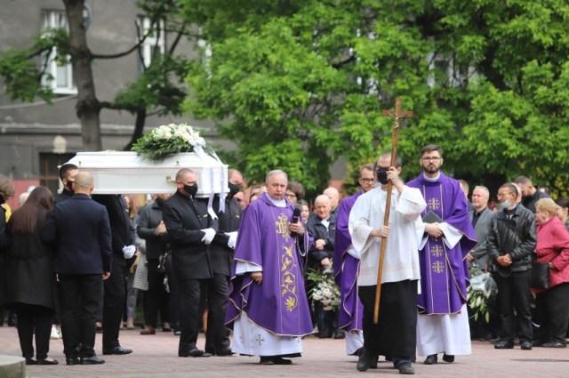 Śmierć 11-letniego Sebastiana z Katowic wstrząsnął mieszkańcami Katowic. Tłumy przyszły na jego pogrzeb.
