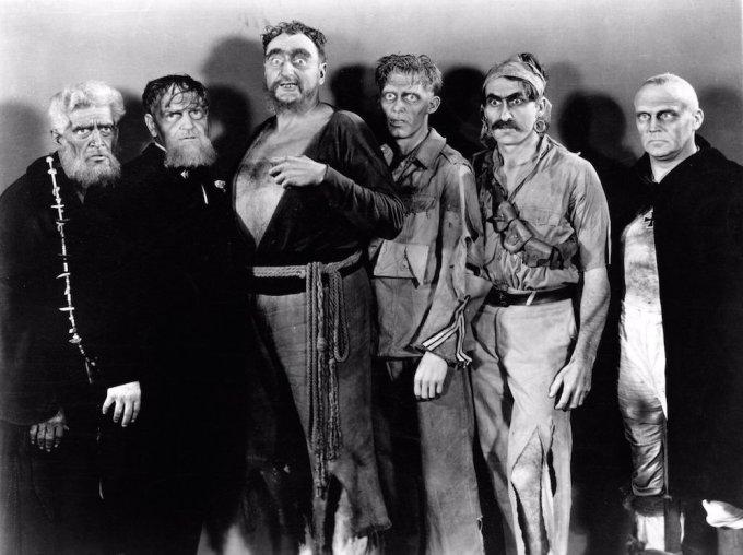 世界初のゾンビ映画の名作ホワイトゾンビ(恐怖城)のゾンビ達