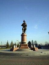 Памятник Резанову в Красноярске. Установлен в 2007 году.