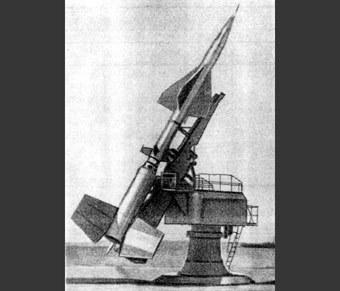 Впервые ракета сбивает ракету!