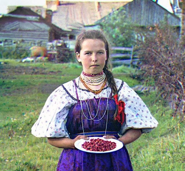 Русские женщины в деревнях. Их жизнь в конце XIX века