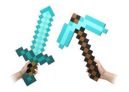 minecraft-diamond-sword-and-pickaxe