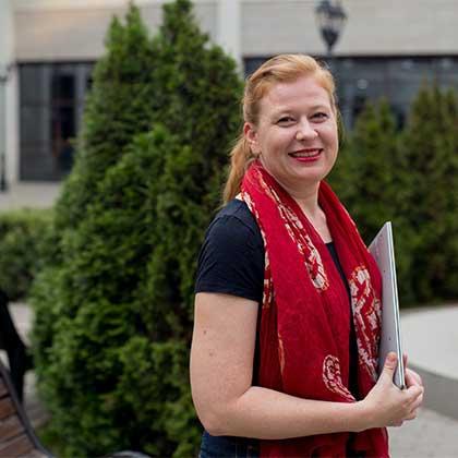 Яна Окунева, инфопродюсер