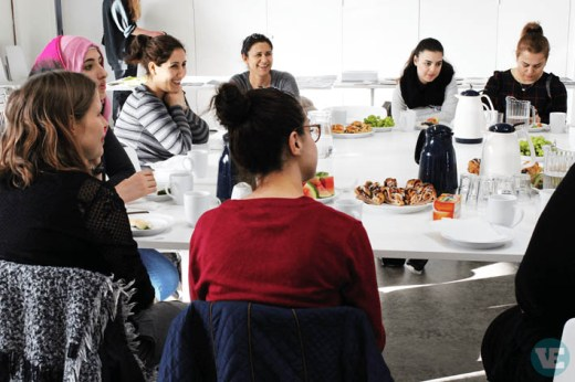 D-sign Tegnestuen - design tegnestuen holder workshopforløb i en brugerdrevet designproces med flygtninge og udvikler et integrationsspil