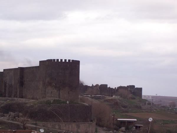 Diyarbakr Turistik ve Tarihi Yerleri Resimler foto