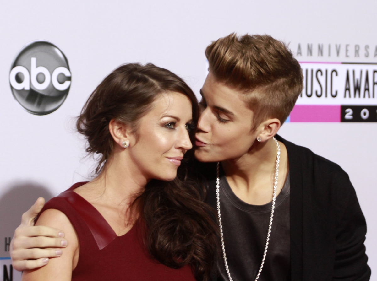 Justin Bieber Calls His Mother Pattie Mallette An Amazing