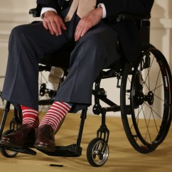 Wheelchair Jump Double Lounge Chair Outdoor George H W Bush Up For 90th Birthday Parachute
