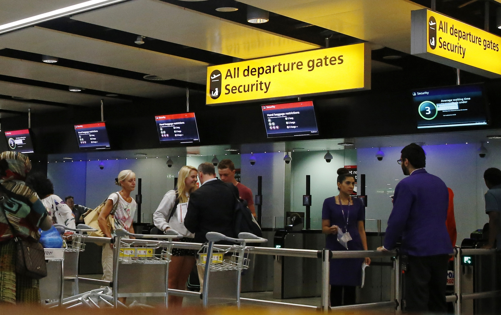 Heathrow to being Ebola screening