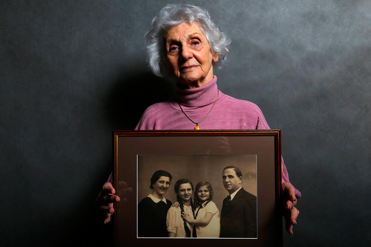 Auschwitz Survivors Portraits Facing The Past 70 Years