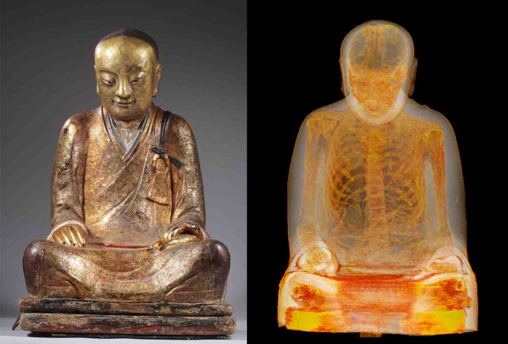 A scan reveals the body of Master Liuquan inside the statue of a Buddha. (Drents Museum)