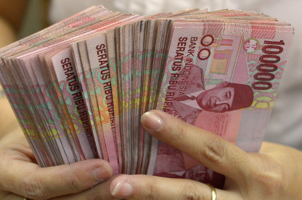 Indonesia Foreign currency transactions ban in force