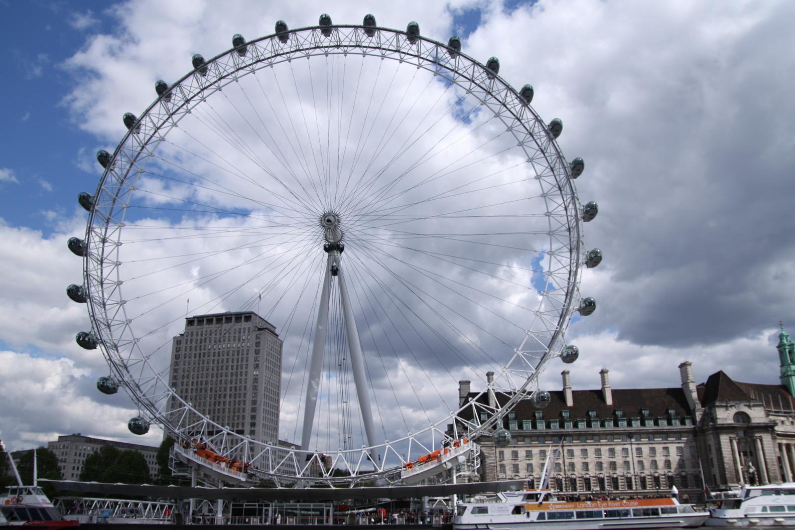 War On Isis London Eye Named As Next Target For Daesh