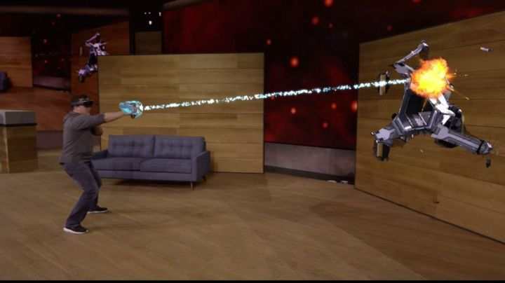 HoloLens Microsoft shows off mixed reality game Project