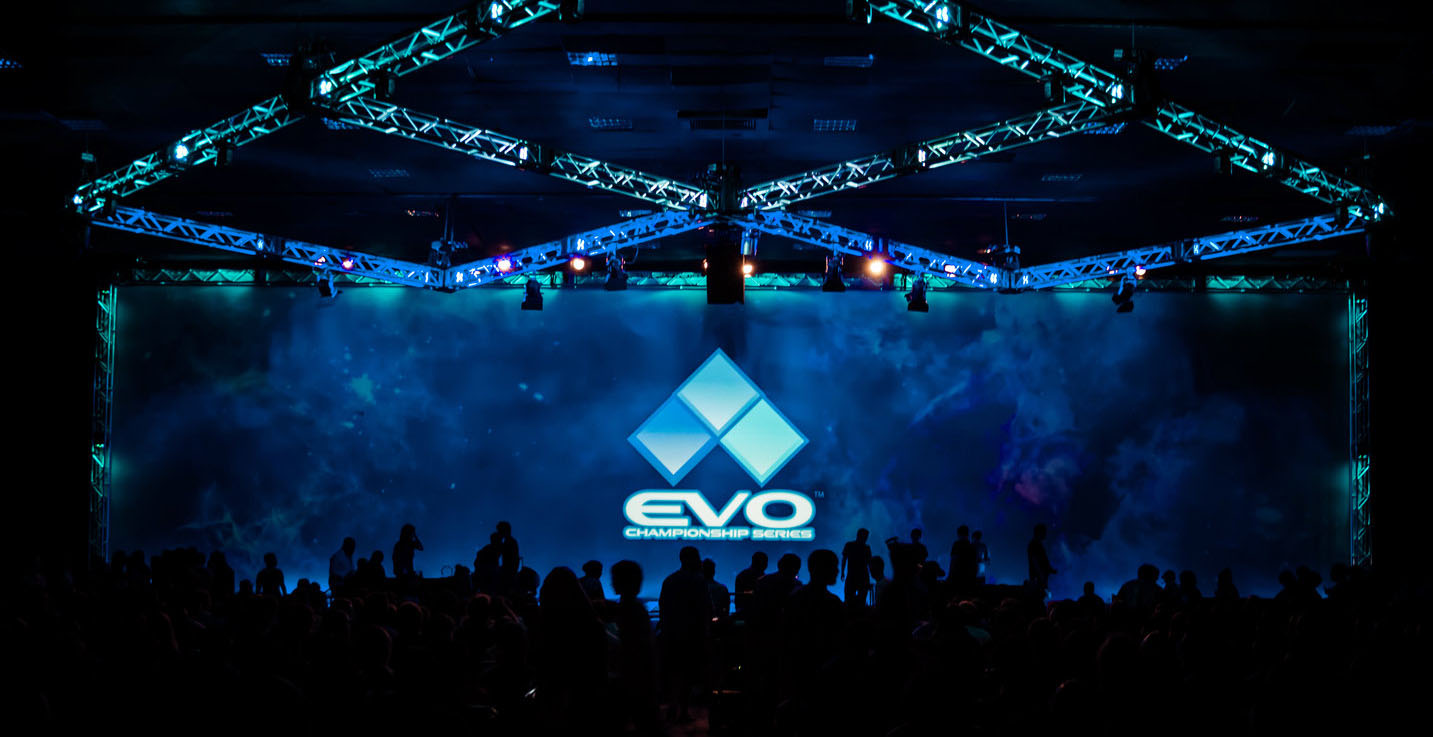 EVO 2015 Twitch livestreams for Street Fighter Smash Bros and Mortal Kombat tournaments