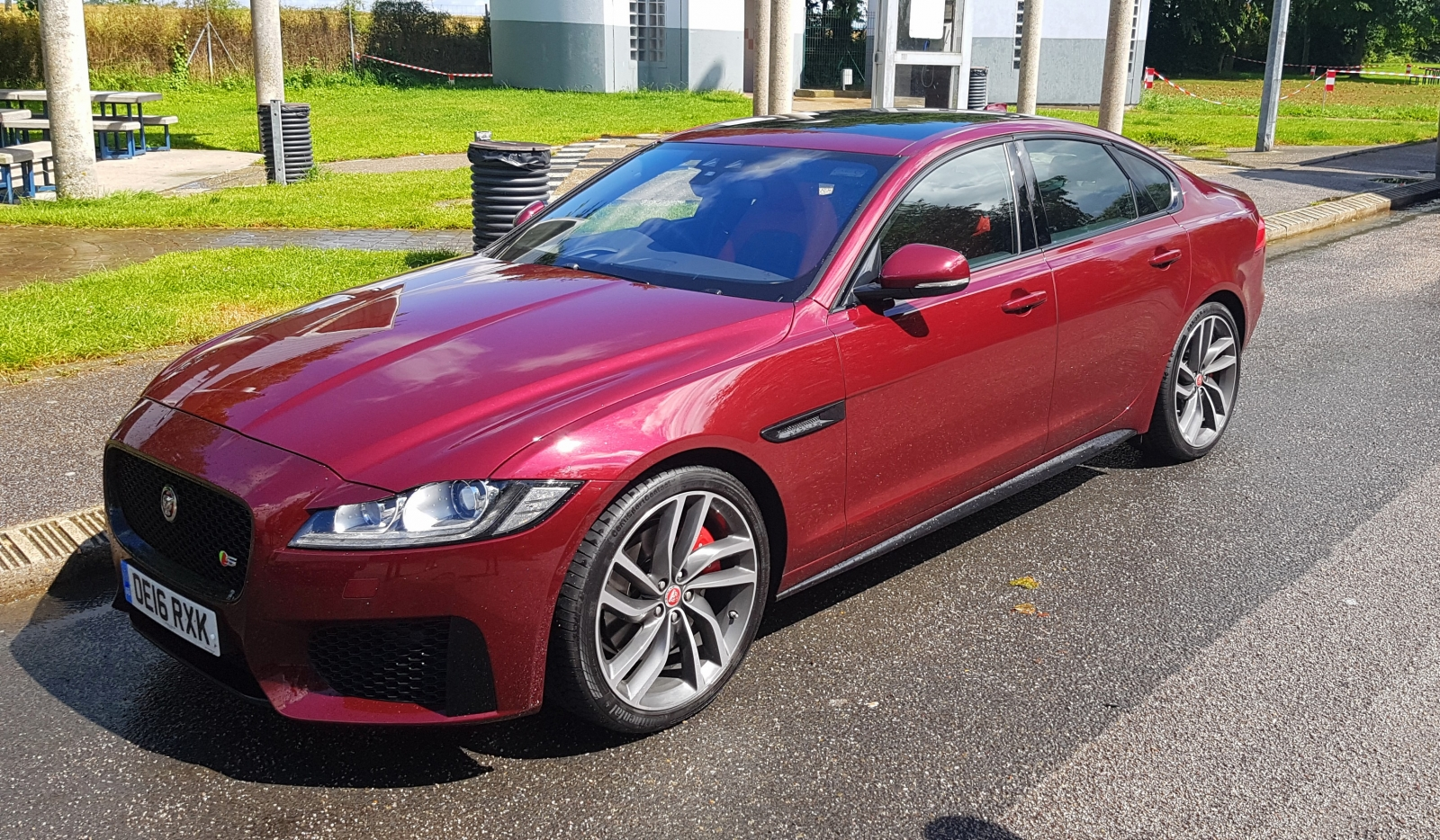 Jaguar XF V6 Supercharged Review A Big Jag For The 21st