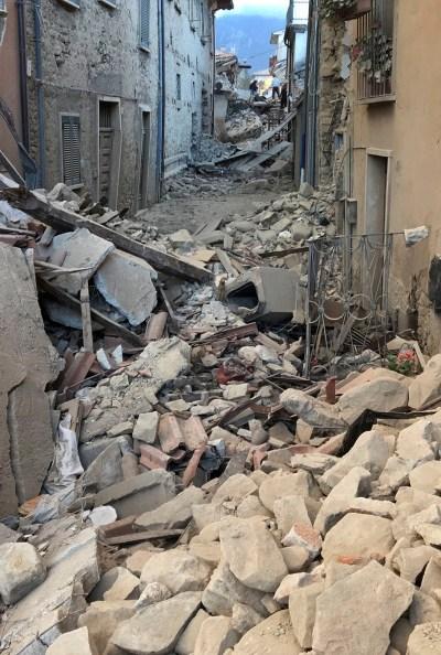 Italy earthquake: Deadly 6.2 magnitude strikes Accumoli ...