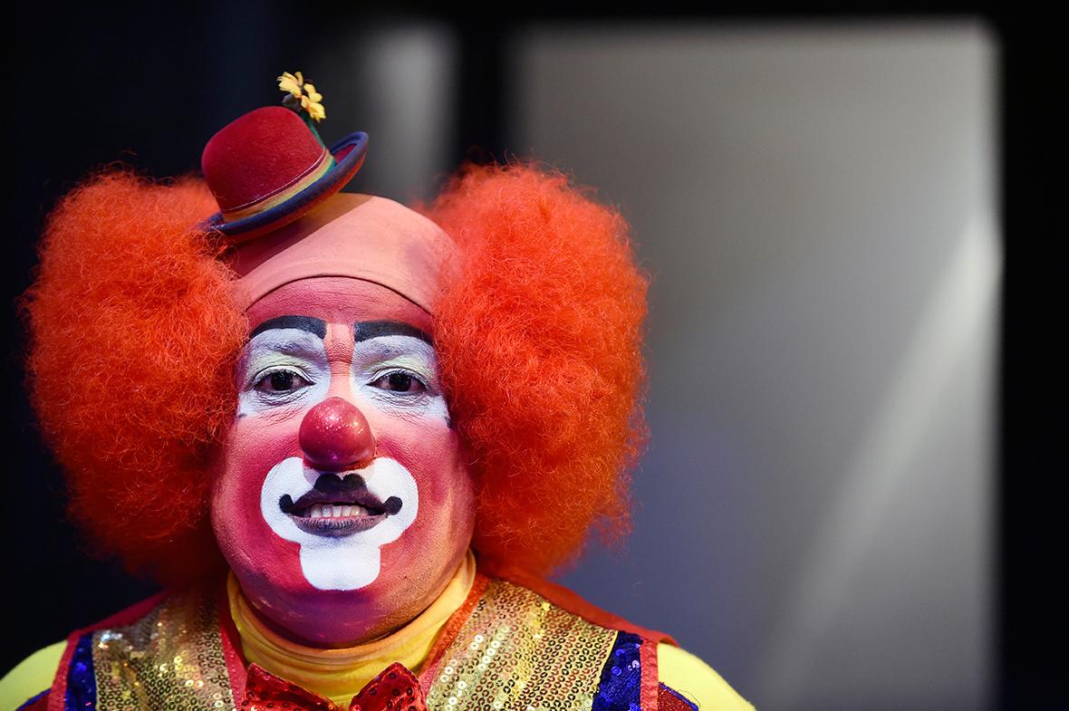 International Clown Convention 2016: Mexico hosts gigantic parade despite 'killer clown craze'