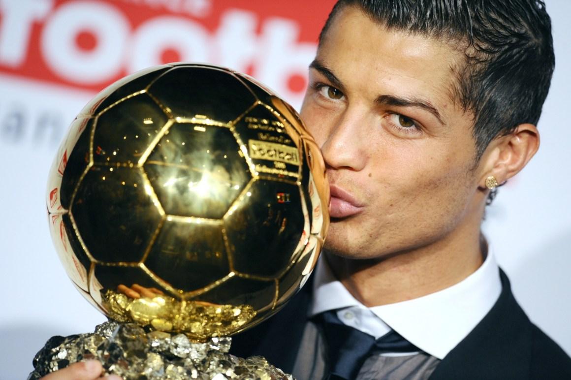 Kết quả hình ảnh cho ronaldo golden ball 2012