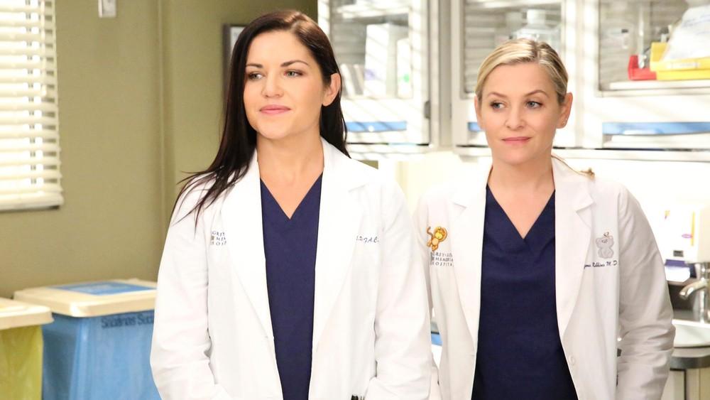 La actriz de 'grey's anatomy' adoró ver las escenas íntimas de su esposo con kerry washington en 'scandal'. Grey's Anatomy season 13 spoiler: Arizona may find love