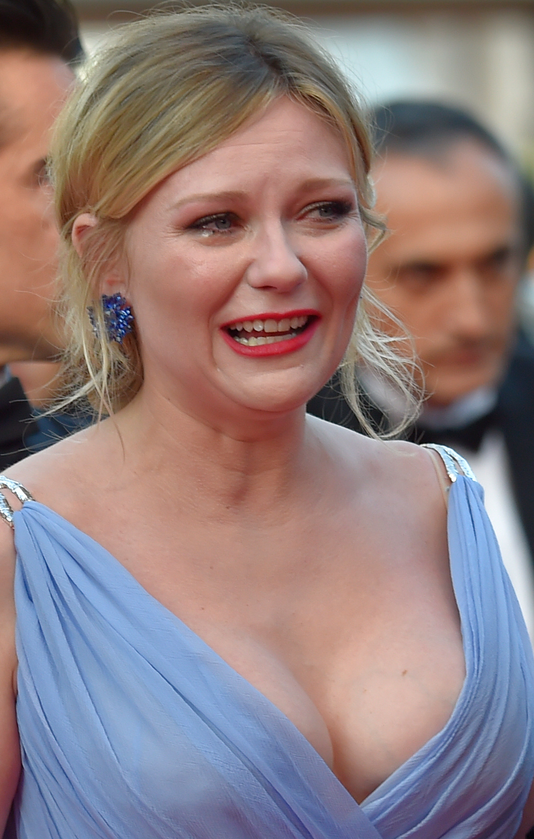 Kirsten Dunst Explains Her Teary Outburst At Cannes 2017 Premiere Of The Beguiled