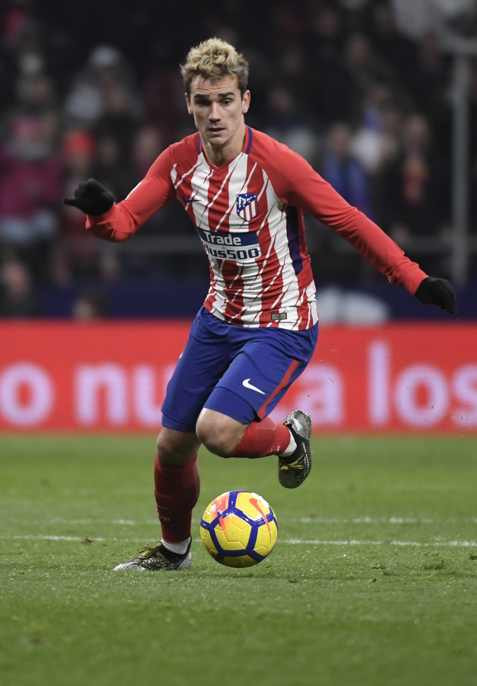 Antoine griezmann (fra) is a mobile striker and currently plays for atletico. Barcelona identify five solutions to complete moves for ...