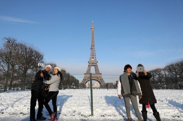 Of Snow-covered Paris