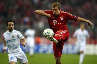 Olic Double Guides Bayern Into Champions League Semi