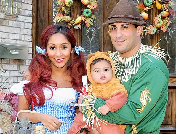 Halloween 2013 Snooki Jionni LaValle And Lorenzo Glam Up