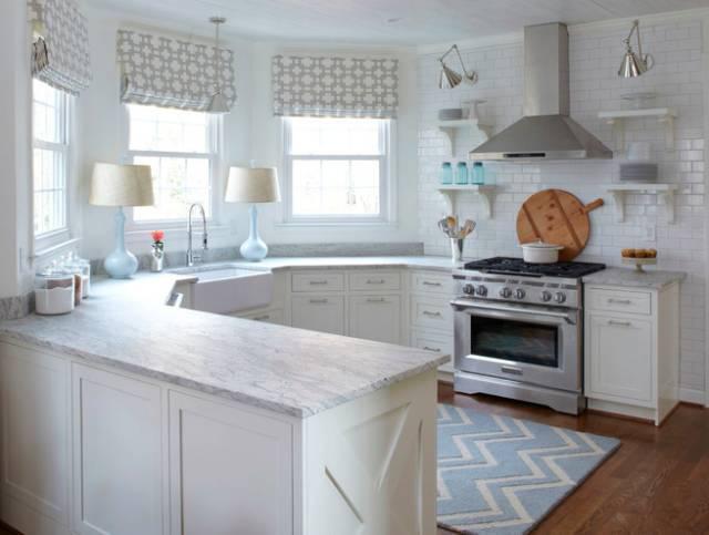 kitchen back splash sink rug 白色厨房怎样保持干净 厨房背飞溅