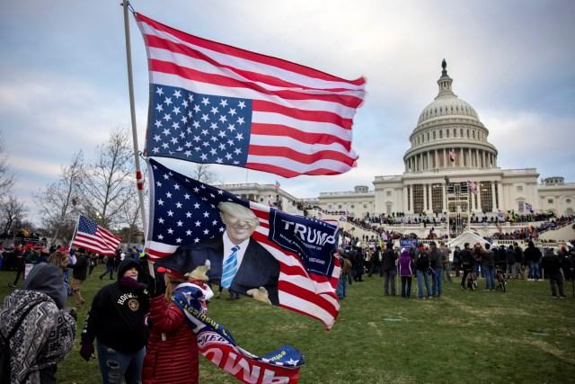Republicans Leaving GOP Following Trump Capitol Riots