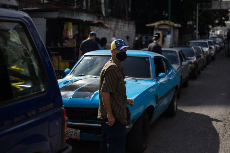 venezuela, fuel, shortage, caracas