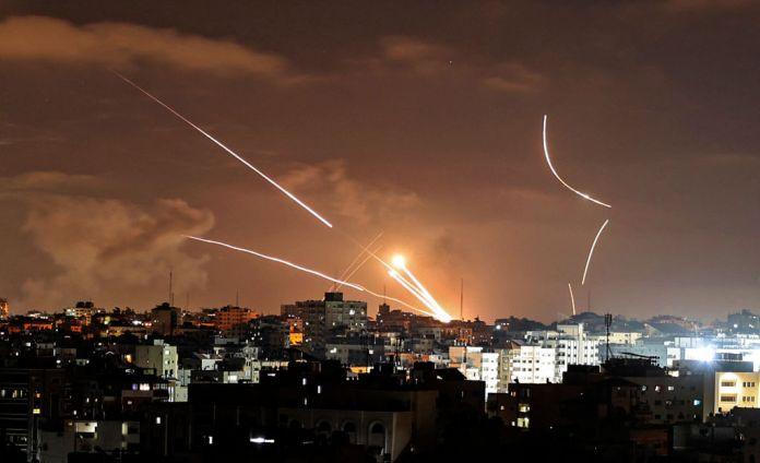 Air strikes over Gaza City