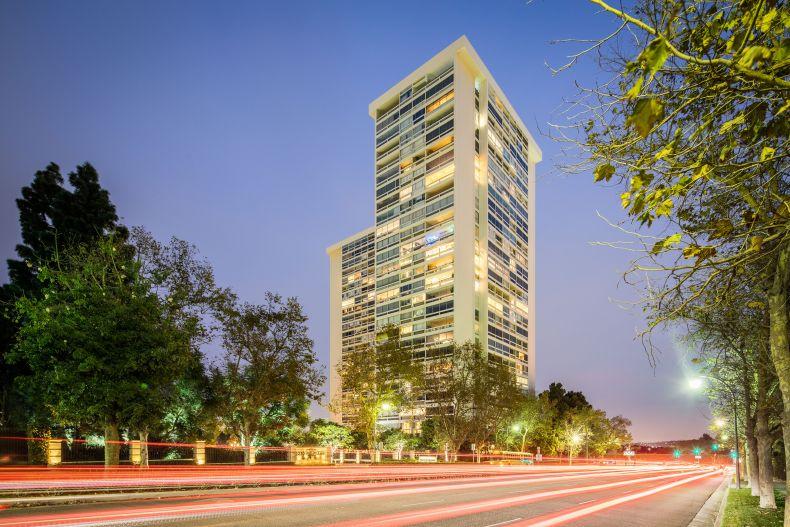 Los Angeles, California, 90067