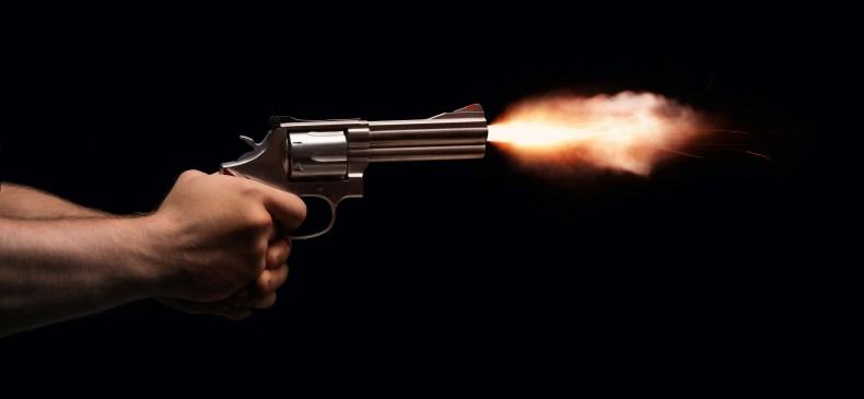 Desmond Brown shoots women dead thieves bodies