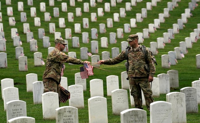 The Meaning Of Memorial Day Why Do We Celebrate The May