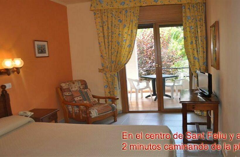 Hotel Coral en Sant Feliu de Guxols  Destinia