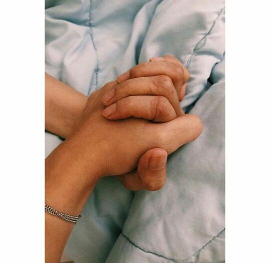 Gambar Tangan Di Infus Anak Remaja