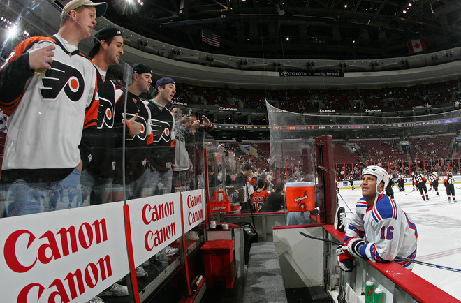 PHILADELPHIA - FEBRUARY 09:  Sean Avery #16 of the New York Rangers chats with Flyer fans during warmups prior to his game against the Philadelphia Flyers on February 9, 2008 at the Wachovia Center in Philadelphia, Pennsylvania.  (Photo by Bruce Bennett/Getty Images)