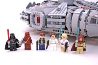 Millennium Falcon - LEGO set #7965-1 (Building Sets > Star ...