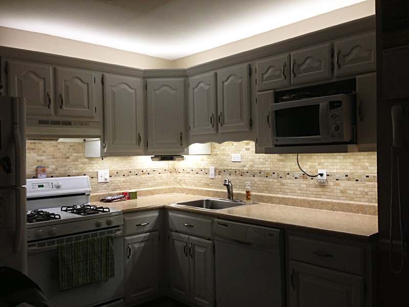 kitchen counter lighting table and chairs cheap under cabinet led strip kit wireless rf controller 150 lm ft