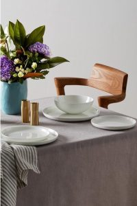 CASA DOMANI Pearlesque Coupe Dinner Set 12 Piece Gift