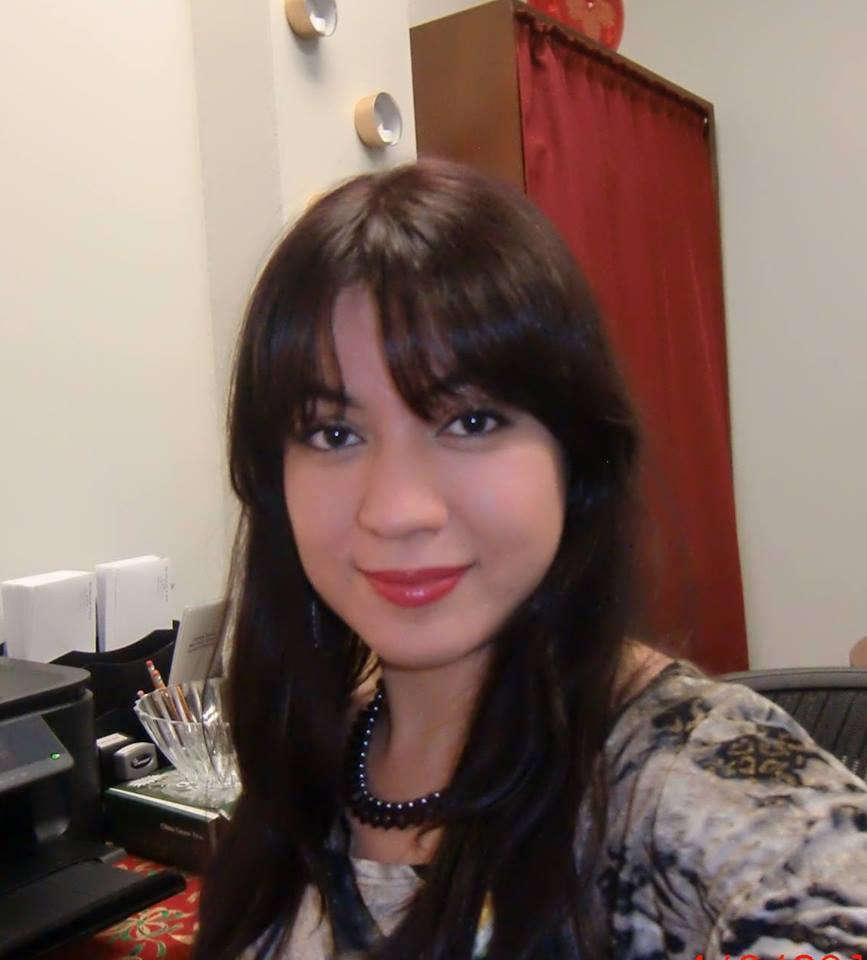 Samantha, bilingual LCDC III