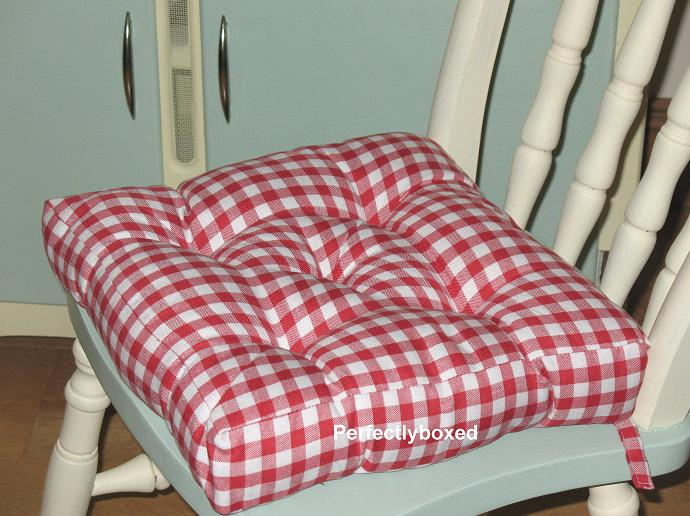 country kitchen chair cushions wood top for island red gingham seat pads at www.perfectlyboxed.com
