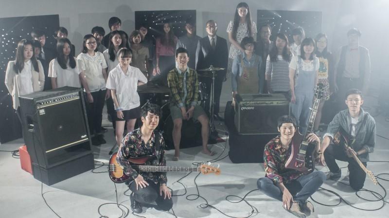 《登鸛雀樓》MV拍攝完成! - 《登鸛雀樓》巨大的轟鳴樂團首張錄音室作品 | flyingV