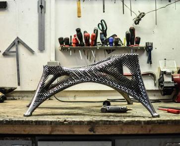 aluminum-gradient-chair_02